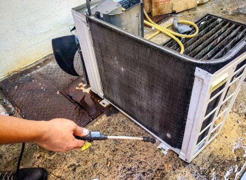 Complete Guide To Cleaning Air Conditioner